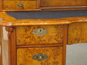 Louis Philippe felépítményes íróasztal