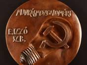 E. Izzó SZB -Száz éves a VASAS plakett