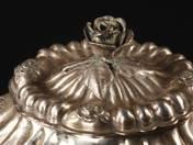 Pesti ezüst cukordoboz (rózsás)
