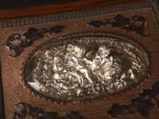 Ezüst varrókészlet díszdobozban