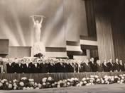 Moszkvába  a Pravda részére küldi a Népszabadság szerk. árp. 4-én