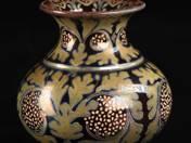 Zsolnay vázácska millenium dekorral