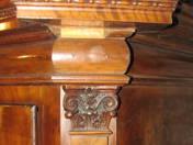 Késő Barokk szekrény