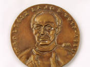 Dr. Soltész Lajos emlékplakett