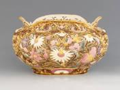 Zsolnay díszkaspó rokokó dekorral